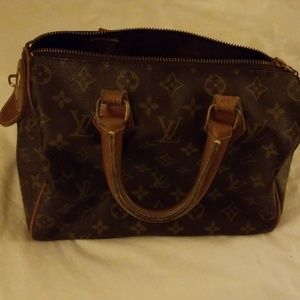 Vintage Authentic Louis Vuitton Speedy 25 handbag